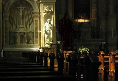 Het Heilig Hart beeld in de Augustinuskerk